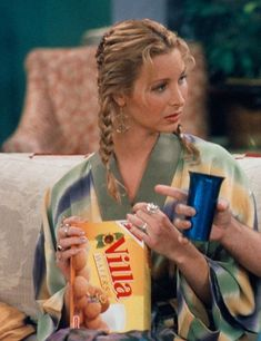 Tv: Friends, Friends Tv Show, Friends Phoebe, Friends Cast, Friends Moments, Friends Series, Phoebe Buffay, Ross Geller, Chandler Bing