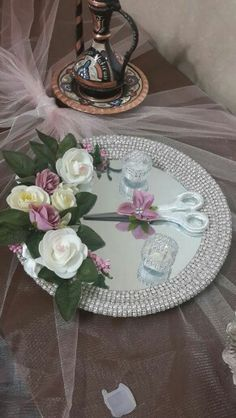 Plateau d& - Engagement Decorations, Wedding Decorations, Thali Decoration Ideas, Wedding Cake Stands, Fabric Boxes, Wedding Favors For Guests, Flower Girl Basket, Ribbon Work, Wedding Preparation