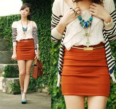 f5a10380cac4 23 Best Orange skirt outfit images | Orange skirt outfit, Skirts ...