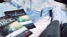 A cabana   #acabana #theschack #socksandbook #livrosemeia #acabana #livroseinverno #frio #livro #livroazul #maratonaliterariadeinverno #mli2017