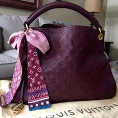 My new baby!!! Louis vuitton artsy mm Louis Vuitton Bags Shoulder Bags