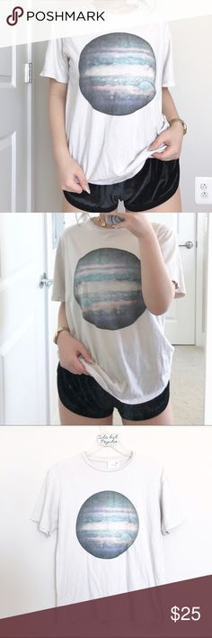 brandy melville planet tee one size (i'm a size S for reference)   new with tags   flaw: tiny makeup stain shown in last pic   free brandy stickers included Brandy Melville Tops Tees - Short Sleeve