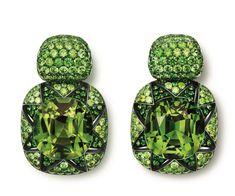 Hemmerle earrings, demantoid garnets, 2 tourmalines, white gold, silver, 0010.13