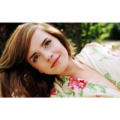Emma Watson deja de estudiar ❤ liked on Polyvore featuring emma watson, people, harry potter, models and pictures
