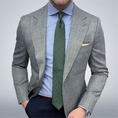 Mens Casual Suits, Stylish Mens Outfits, Mens Suits, Der Gentleman, Gentleman Style, Mens Fashion Blog, Mens Fashion Suits, Beard Suit, Best Suits For Men