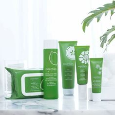 Easy, fast, effective skincare in 3 steps  Save 10% with a bundle!