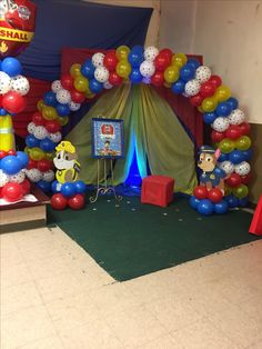 Esto lo quiciera para fotos Paw Patrol Party Decorations, Balloon Decorations, Baby Boy First Birthday, 3rd Birthday, Birthday Ideas, Paw Patrol Balloons, Paw Patrol Birthday Theme, Paw Patrol Cake, 4th Birthday Parties
