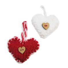 'Gingerbread Hearts' - Mini Christmas Knits book
