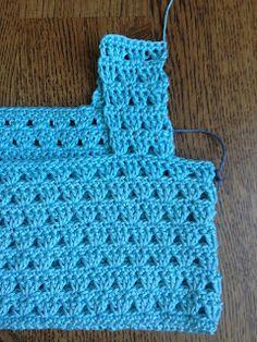 Annoo Crochet World: Bermuda Bliss Tricolor Dress Free Pattern – Baby Kleidung Crochet Yoke, Crochet Fabric, Crochet Quilt, Crochet Collar, Filet Crochet, Crochet Patterns, Crochet Tutu Dress, Black Crochet Dress, Crochet World