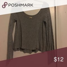 Hollister gray small top Pretty sleeves. In excellent condition Hollister Tops Tunics