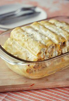 Moje Dietetyczne Fanaberie: Cannelloni z kurczakiem i pieczarkami BEZ JOGURTU