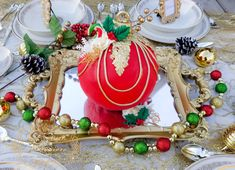 Cupcake Cakes, Cupcakes, Christmas Baubles, Creations, Table Decorations, Holiday Decor, Flowers, Christmas Ornaments, Christmas Tree Baubles