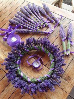 Lavender wreath and posies. Lavender wreath and posies. Lavender Cottage, Lavender Garden, Lavender Blue, Lavender Fields, Lavender Flowers, Purple Flowers, Dried Flowers, Lavender Bouquet, Roses Garden