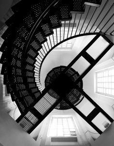 *Stairwell - St. Paul's Cathedral, London
