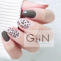 Leopard Warm #nail #nails #nailart #nailpolish #naildesign #manicure #nailstagram #nailsalon #instanails #nails2inspire #ネイル #beautiful #gelnail #gelnails #polish #naildesigns #pretty #girl #khaki #leopardnail