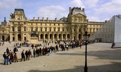 This certainly may be useful information! 6 places in Paris with the longest queues, and how to avoid them!