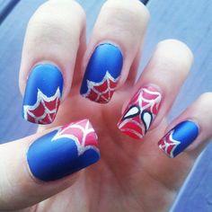 Spider-man hand-painted fake nails