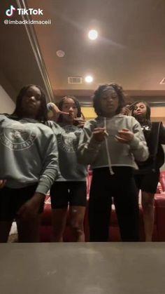 I see: Macei (Me), Kam, Mya, n Dejah! PURRR Dance Choreography Videos, Dance Videos, Bad Kids, Kids Girls, Youtubers Life, Best Rap Songs, Best Friend Gifs, Black Girls Videos, Mood Lifters
