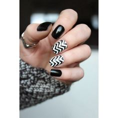 Chevrons #black&White #mani #polish  #nailart  - bellashoot.com & bellashoot iPhone & iPad app