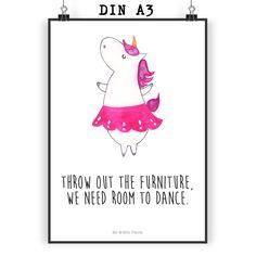 Poster DIN A3 Unicorn Fitness aus Papier 160 Gramm weiß - Das Original von Mr. & Mrs. Panda. Jedes wunderschöne Poster aus dem Hause Mr. & Mrs. Panda ist mit Liebe handgezeichnet und entworfen. Wir liefern es sicher und schnell im Format DIN A3 zu dir nach Hause. Über unser Motiv Unicorn Fitness Das Fitness-Einhorn ist das beste Geschenk für Fitness-Freaks. Aber auch für diejenigen, die sich einfach nicht aufraffen können. Für diejenigen ist das Fitness-Einhorn die seelische Unterstützung: