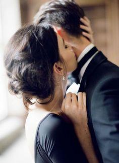 Je vous embrasse tendrement et affectueusement, et très sensuelle, je t'aime, ne t'en fais ❤