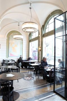 "De Ysbreeker restaurant Amsterdam. Do you love Amsterdam? Your Little Black Book knows where to go. Discover over 400 hotspots in our English book ""The Amsterdam City Guide"": https://partnerprogramma.bol.com/click/click?p=1&t=url&s=23881&f=TXL&url=https%3A%2F%2Fwww.bol.com%2Fnl%2Fp%2Fthe-amsterdam-city-guide%2F9200000057447182%2F&name=city%20guide%20Pinterest%20"