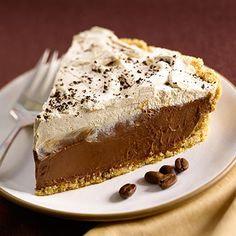 Enjoy a creamy, indulgent pie dessert for the holidays or any special occasion with this rich Caffé Mocha pie recipe made with cacao Ghirardelli chocolate. Ghirardelli Chocolate, Chocolate Pies, Chocolate Recipes, Chocolate Espresso, Delicious Chocolate, Pie Recipes, Sweet Recipes, Dessert Recipes, Dessert Ideas