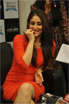 ,,,, Bollywood Stars, Bollywood Fashion, Bollywood Actress, Karena Kapoor, Indian Bikini, Sr K, Cute Photography, Kareena Kapoor Khan, Evening Outfits