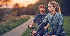 perfekte Voraussetzungen für einen Tag voll Entspannung und guter Laune! Wir wünschen euch einen schönen Feiertag und hoffen, ihr könnt mal wieder so richtig abschalten. Wie verbringt ihr Fronleichnam? Vielleicht sogar mit einer Fahrradtour an euren Lieblingsort? Couple Photos, Couples, Holiday, Couple Shots, Couple Photography, Couple, Couple Pictures