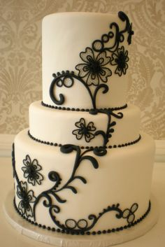 Black and White Fondant Spanish Lace design by Vanilla Bake Shop