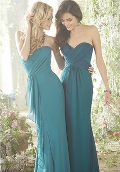 Love the colors and styles of these bridesmaid dresses.