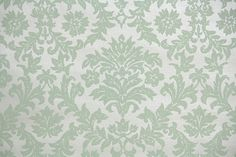 1940's Vintage Wallpaper - Pale Green Victorian Damask on Ivory