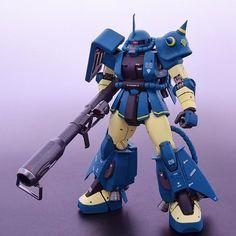 MG 1/100 スケール  MS-06R-2  ロバートギリアム専用ザクⅡ  完成です☆ (pic4枚)  ちとグリーンが強すぎますが晒します📷  MG 1/100 scale  MS-06R-2  ROBERT GILLIAM'S ZAKU Ⅱ  Was completed ☆  Modeled by me.  #akismmodelinggallery #gundam #gunpla #mobilesuit #zaku #model #stylish #premium #bandai #build #painted #cool #hobby #japan #instagrams #zeon #webstagram #instagundams #gundamcommunity #instapic #instagood #instagunpla #gundamstagram #toyphotography #ガンダム #ガンプラ #ジオン #ザク #ロバートギリアム #愛媛 by a.m.g.stagram