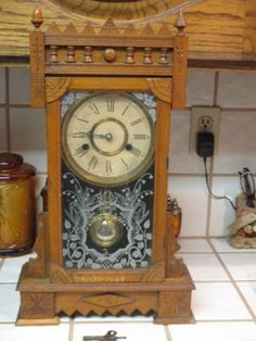 Antique Mantel Clock WM L Gilbert Winsted Connecticut Key Wound USA