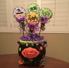Great idea for my small halloween pieces? Small Cross Stitch, Cross Stitch Tree, Cross Stitch Books, Cross Stitch Finishing, Cross Stitch Designs, Halloween Tree Decorations, Halloween Ornaments, Halloween Crafts, Halloween Sayings