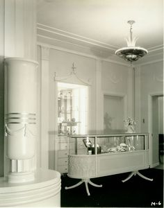 1933 Interior Of The Max Factor Salon On Highland Ave. In Hollywood