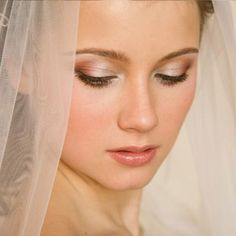Bridal Beauty Tips for A Natural Wedding Makeup Look / http://weddingphotography.com.ph/