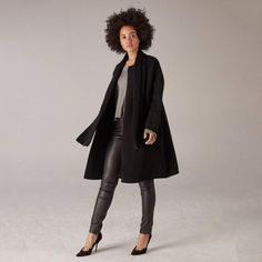 A Complete Guide to Choosing The Perfect Coat That Complements Your Taste This Season - Best Fashion Tips Stylish Coat, Oversized Coat, Other Outfits, Wool Coat, Unique Fashion, Winter Coat, Casual Looks, Normcore, My Style
