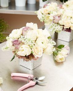 6 flower arrangement tips florists swear by via @POPSUGARHome http://www.popsugar.com/home/How-Arrange-Flowers-Vase-40403626?utm_campaign=share&utm_medium=d&utm_source=casasugar via @POPSUGARHome
