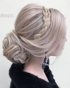 Elstile Long Wedding Hairstyle Inspiration ❤️ http://www.deerpearlflowers.com/elstile-long-wedding-hairstyle-inspiration/
