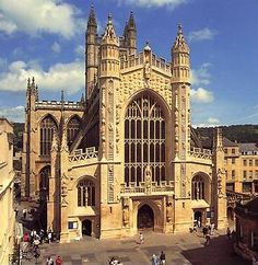 Bath Abbey, Bath England  //Beautiful old, old, city!  This square in front of the church was bustling with tourists and many quaint shops!  We found an extraordinary chocolate shoppe!  Worth the trip!-MFB