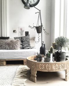 ..every day is a fresh start .. #interior #interiør #interior4all #interior123 #interiordesign #inredning #details #itsallaboutdetails #white #black #grey #living #boho #relax #green #plants #cactus #myhome #favorite #place #industrial #quote #coffee #goodmorning #rotterdam by gianinni80