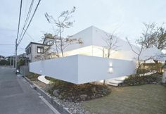 Bisque House, a creation by the principal architect of UID Architects and Associates, Keisuke Maeda.| Minoh City, Osaka