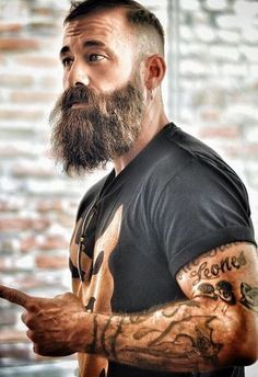 Best Long Beard Style for Men to try in 2020 Big Beard Styles, Latest Beard Styles, Hair And Beard Styles, Moustache, Beard No Mustache, New Beard Look, Short Hair Long Beard, Thin Beard, Beard Growth Oil