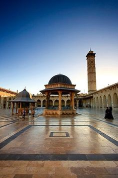 Aleppo Umayyad mosque: photo taken June This Mosque was destroyed on 24 April Purportedly home to the remains of Zechariah, the father of John the Baptist. Islamic Architecture, Beautiful Architecture, Umayyad Mosque, Aleppo City, Save Syria, Syrian Civil War, Beautiful Mosques, Amazing Buildings, Grand Mosque