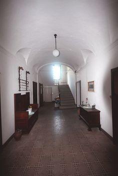 Vicinanze Perugia vendesi villa storica con annessa piccola casa colonica e terreno. Per informazioni ceciliaciarapica@... www.facebook.com/...