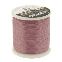 Fil nylon Miyuki 0,25mm rose indien (x50m)  Référence 8413-18 Bobine de 50 mètres de fil nylon monofilament, de la marque Miyuki, couleur rose indien (code couleur 18) épaisseur 0,25mm (size B) Très résistant, ce fil Miyuki de qualité convient parfaitement pour tisser des perles