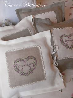 Cuore e Batticuore Crochet Crafts, Diy Crafts, Application Pattern, Lavender Sachets, Le Point, Cottage Style, Needlepoint, Cross Stitch Patterns, Manicure