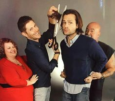 I love how this cast plays along at photo-ops. People pay a lot of money for these, and the cast really tries to give them something special.