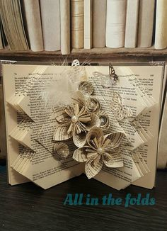 How to make 'That Thursday fold' Book art pattern by All in the folds